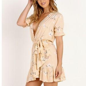 NWT Faithfull the Brand Le Moulin Dress Eden Floral Print